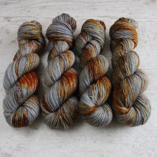 Wool Sock: Ruosteinen naula